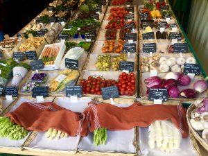 Спаржа на ринку Viktualienmarkt